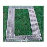 Kpl. Garnituren mit 420 mm breiten Längsrosten, 2 Längsroste 420x2220 mm, 1 Stirnrost, klappbar